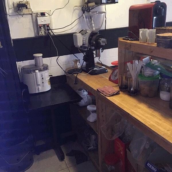 sang-quan-cafe-gia-re-mt-tan-hoa-dong–q6-2-62053