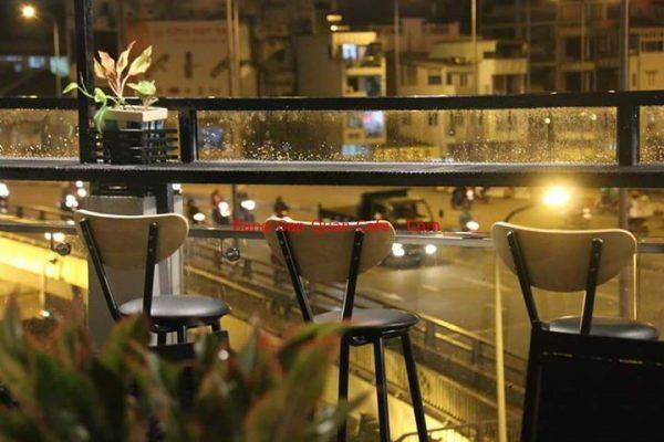sang quán cafe sân thượng quận 8