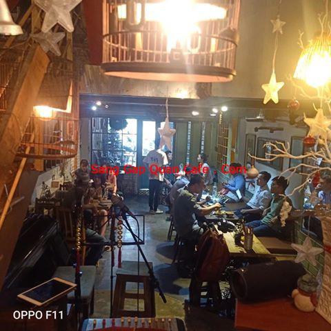 sang quán cafe acoustic quận 10